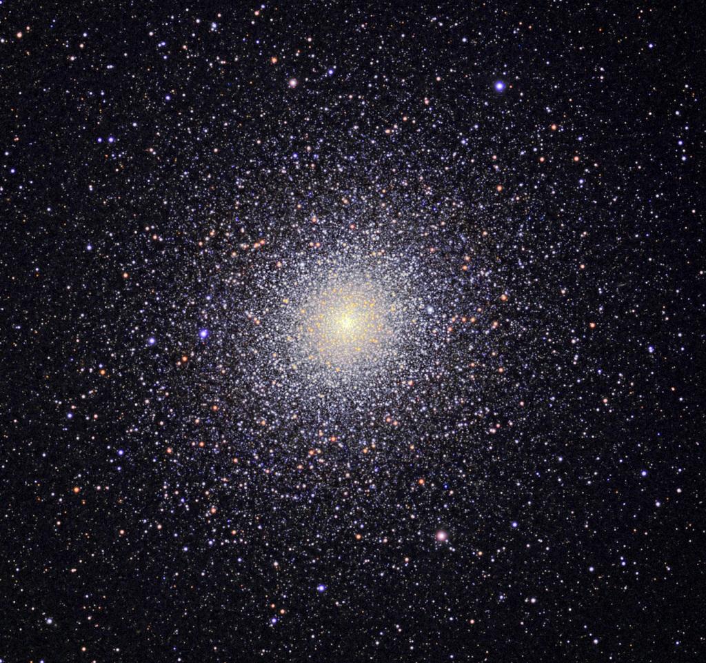 47 Tucanae, a bright globular cluster in Tucana