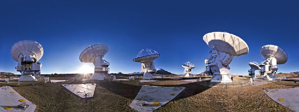 Atacama Large Millimeter-submillimeter Array (ALMA)
