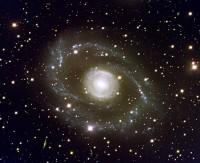 ESO 269-G57, a huge spiral galaxy in Centaurus