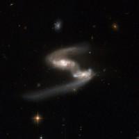ESO 077-IG014, AM 2317-692
