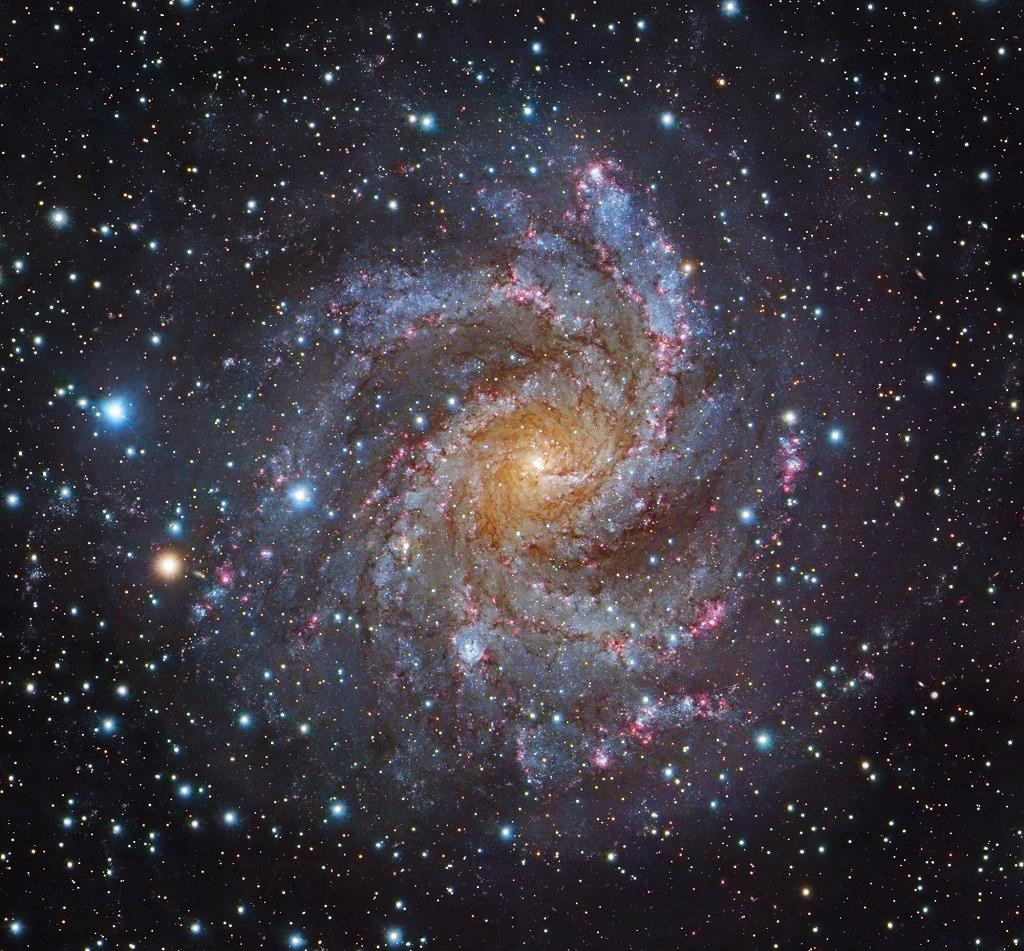 NGC 6946, Arp 29