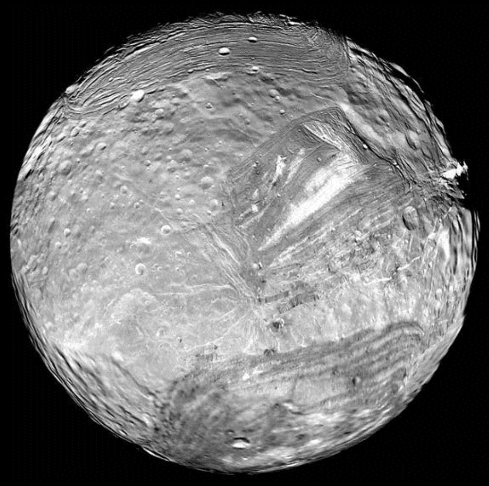 hd uranus moon miranda - photo #4