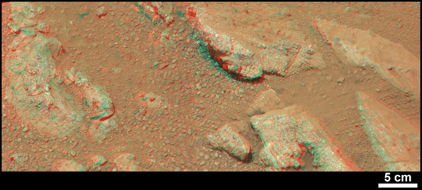 Evidence About a Martian Streambed (Stereo) 2